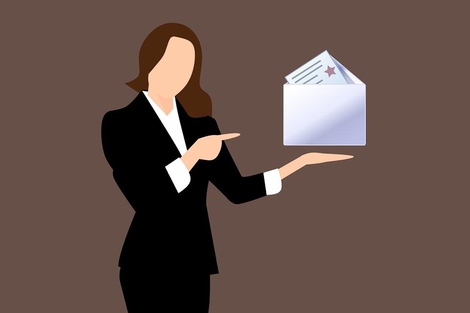 AUTOCANDIDATURA: consells per enviar el CV on line